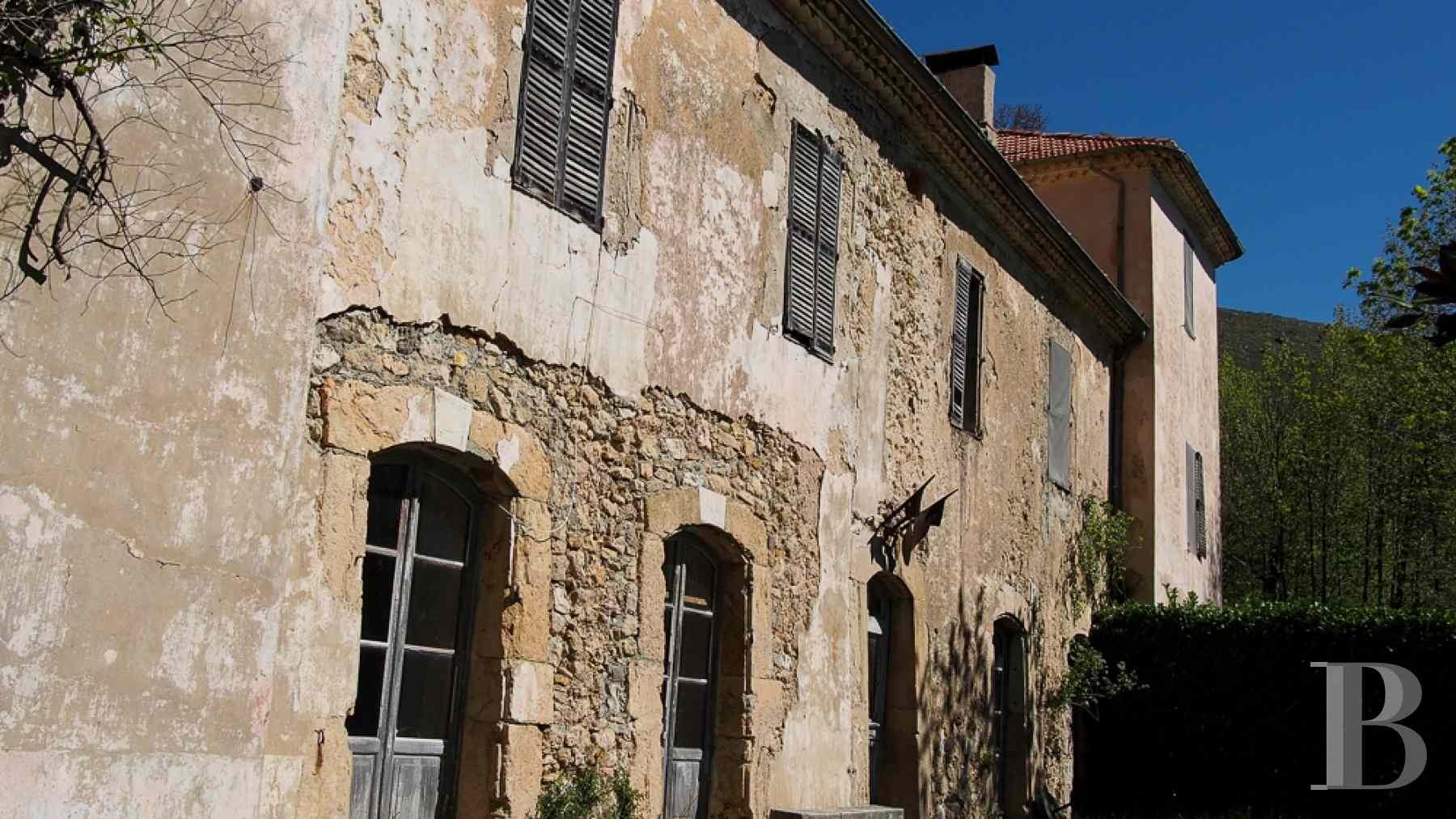 chateaux for sale France provence cote dazur chapel farm - 2 zoom