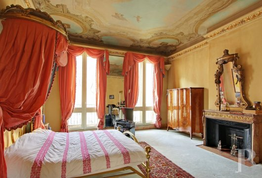 mansion houses for sale paris garden golden - 14