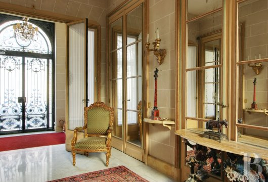 mansion houses for sale paris garden golden - 8