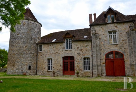 France mansions for sale burgundy medieval renaissance - 2
