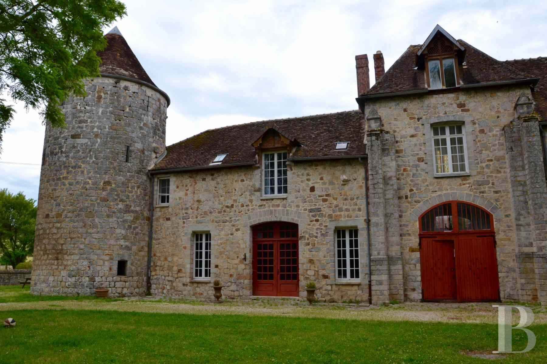 France mansions for sale burgundy medieval renaissance - 2 zoom