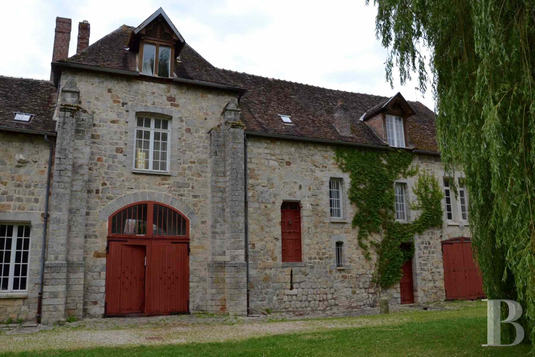 France mansions for sale burgundy medieval renaissance - 4 zoom