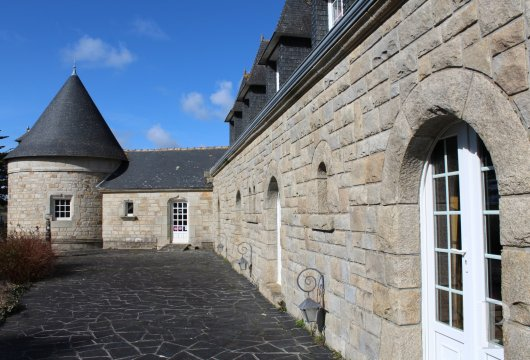 character properties France brittany bay audierne - 4