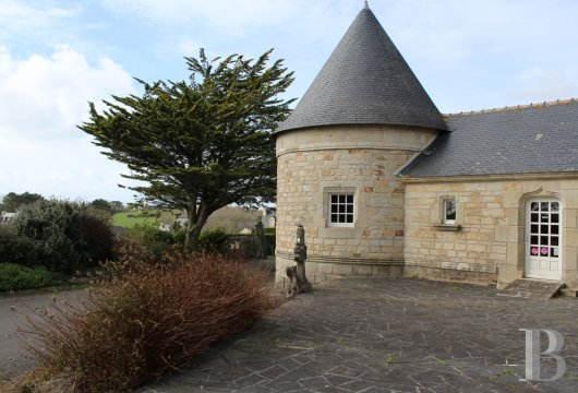 character properties France brittany bay audierne - 5