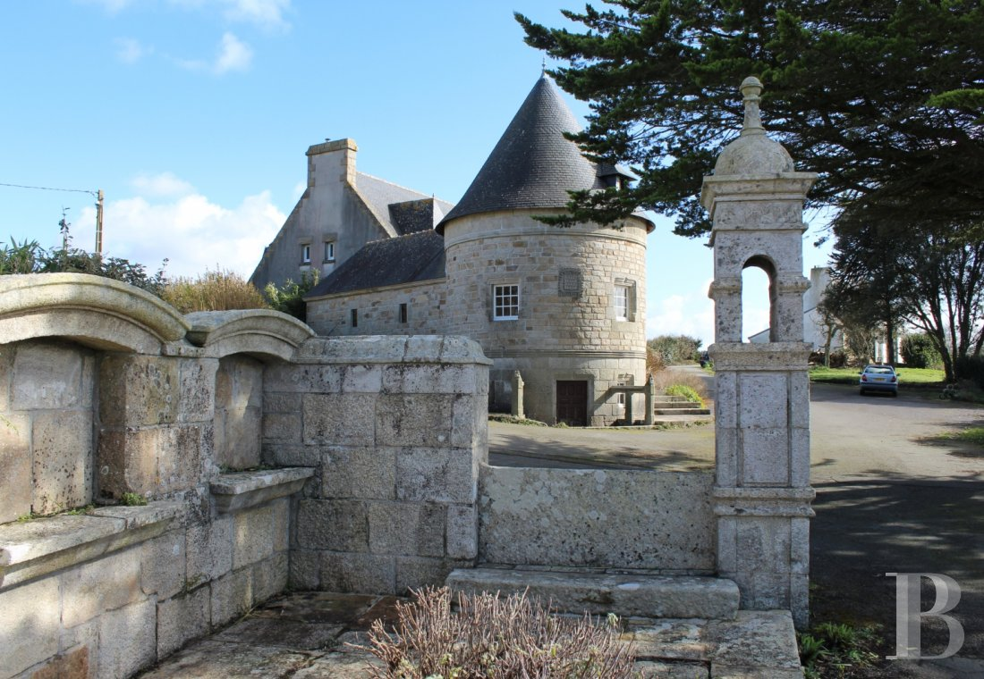 character properties France brittany bay audierne - 1