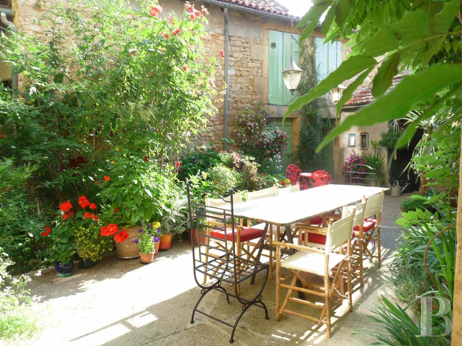 mansion houses for sale France aquitaine house 18th - 2 zoom