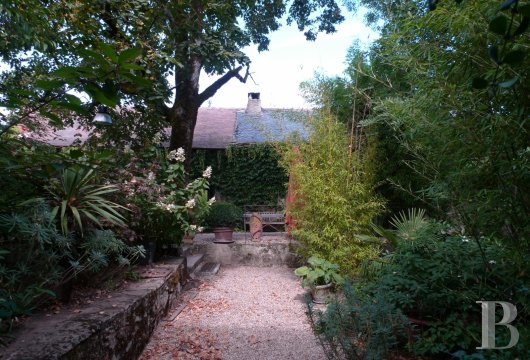 character properties France midi pyrenees hamlet estate - 12