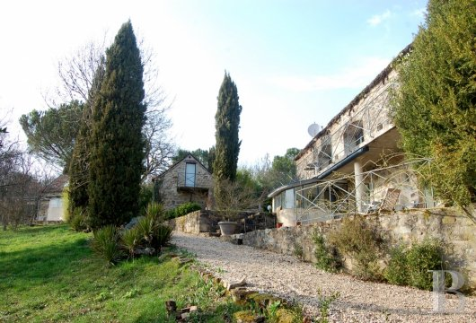 character properties France midi pyrenees hamlet estate - 30 mini