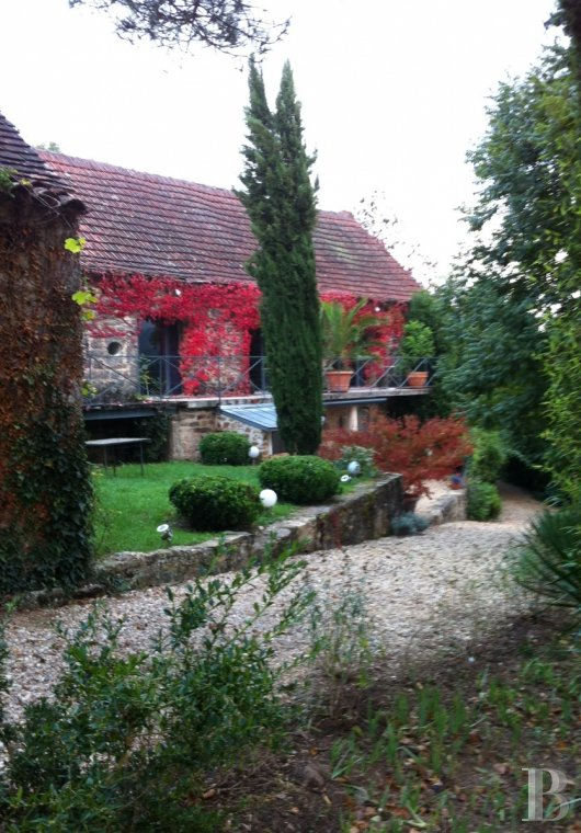 character properties France midi pyrenees hamlet estate - 14