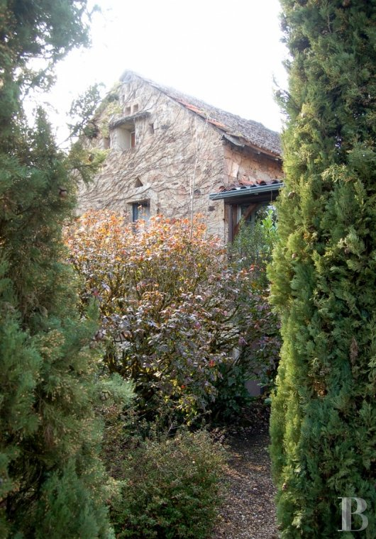 character properties France midi pyrenees hamlet estate - 29 mini