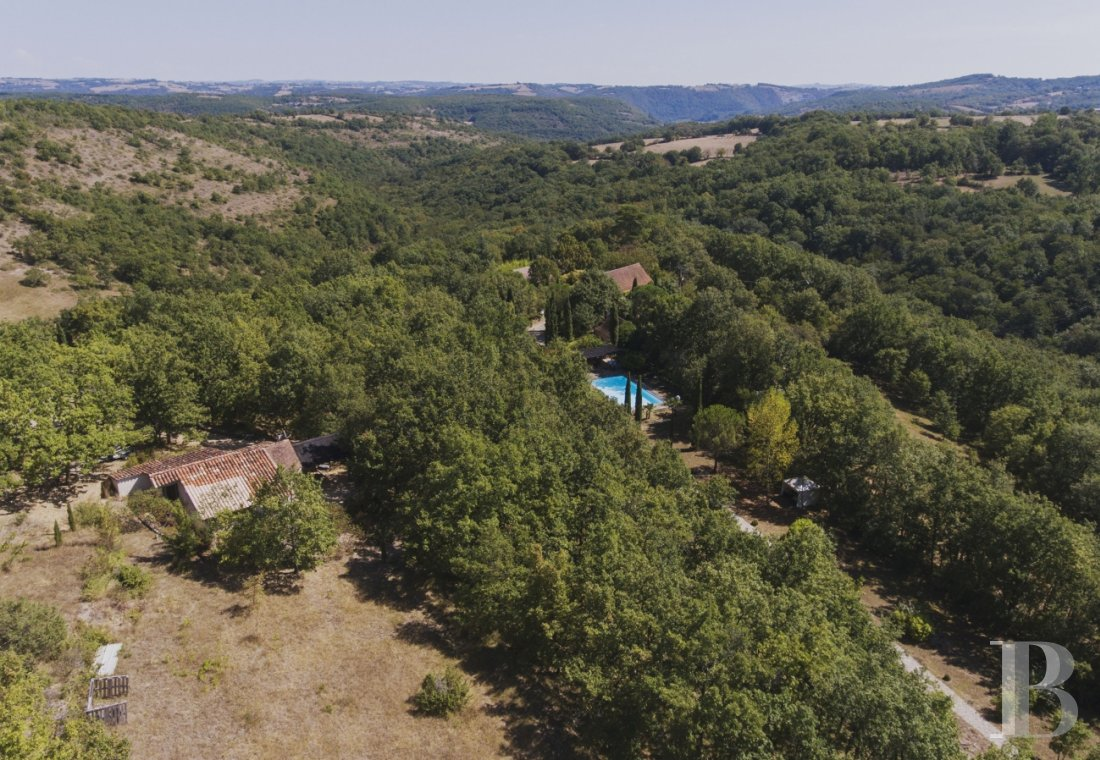 character properties France midi pyrenees hamlet estate - 29