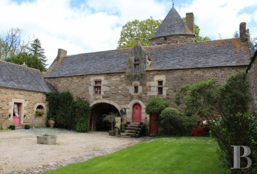 France mansions for sale brittany tregor region - 5 mini