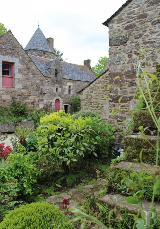 France mansions for sale brittany tregor region - 10 mini