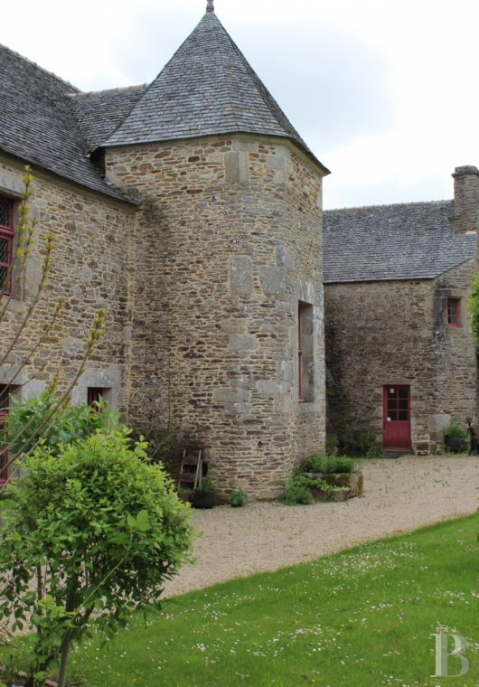 France mansions for sale brittany tregor region - 4 mini