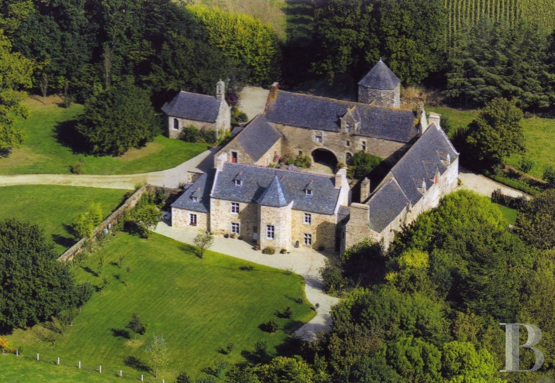 France mansions for sale brittany tregor region - 1 mini