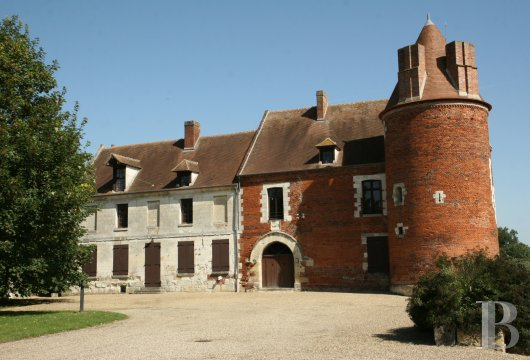 chateaux for sale France picardy   - 5
