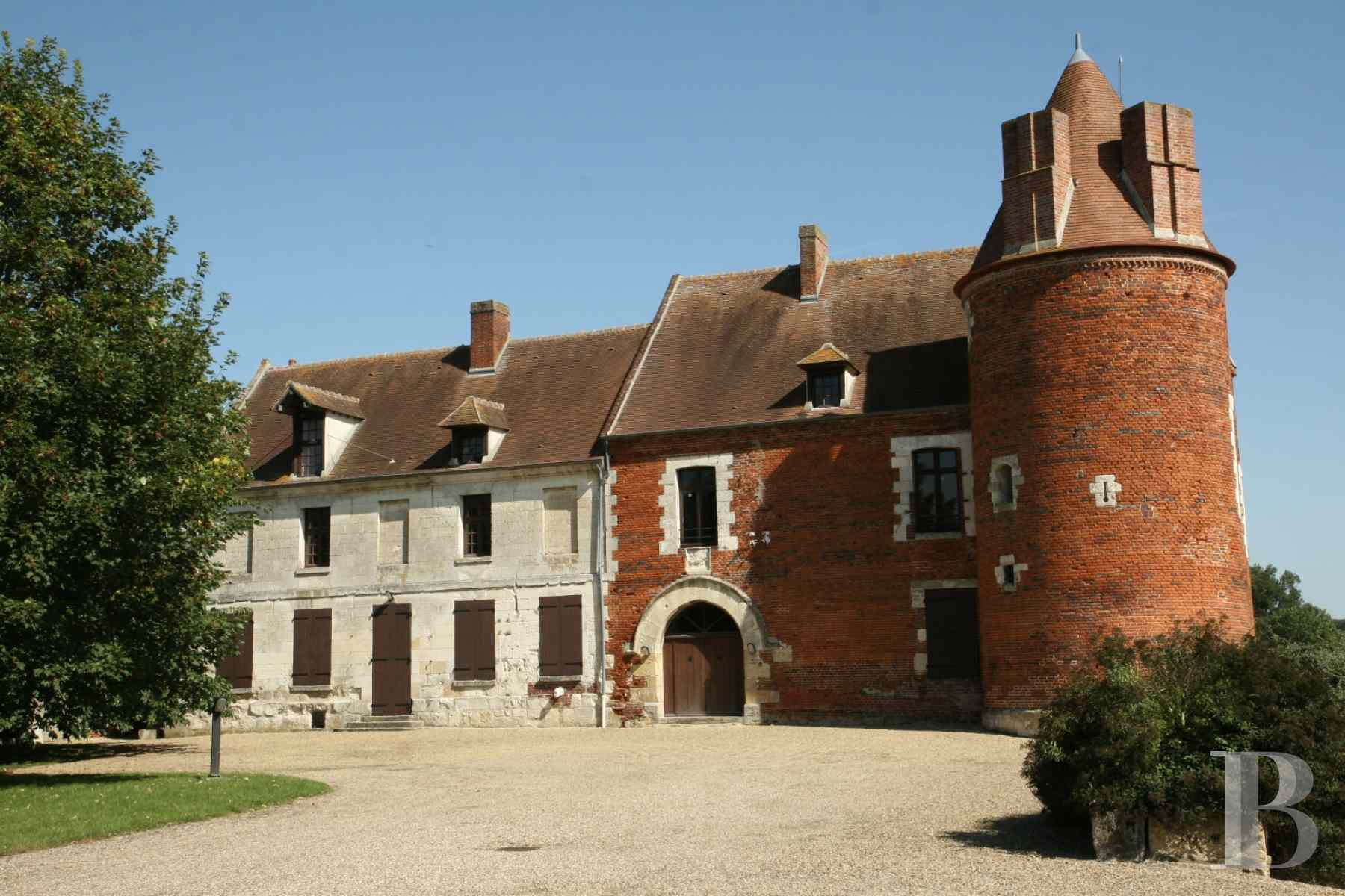 chateaux for sale France picardy castle for - 5 zoom