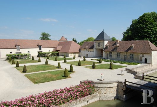 chateaux for sale France champagne ardennes 16th 18th - 5