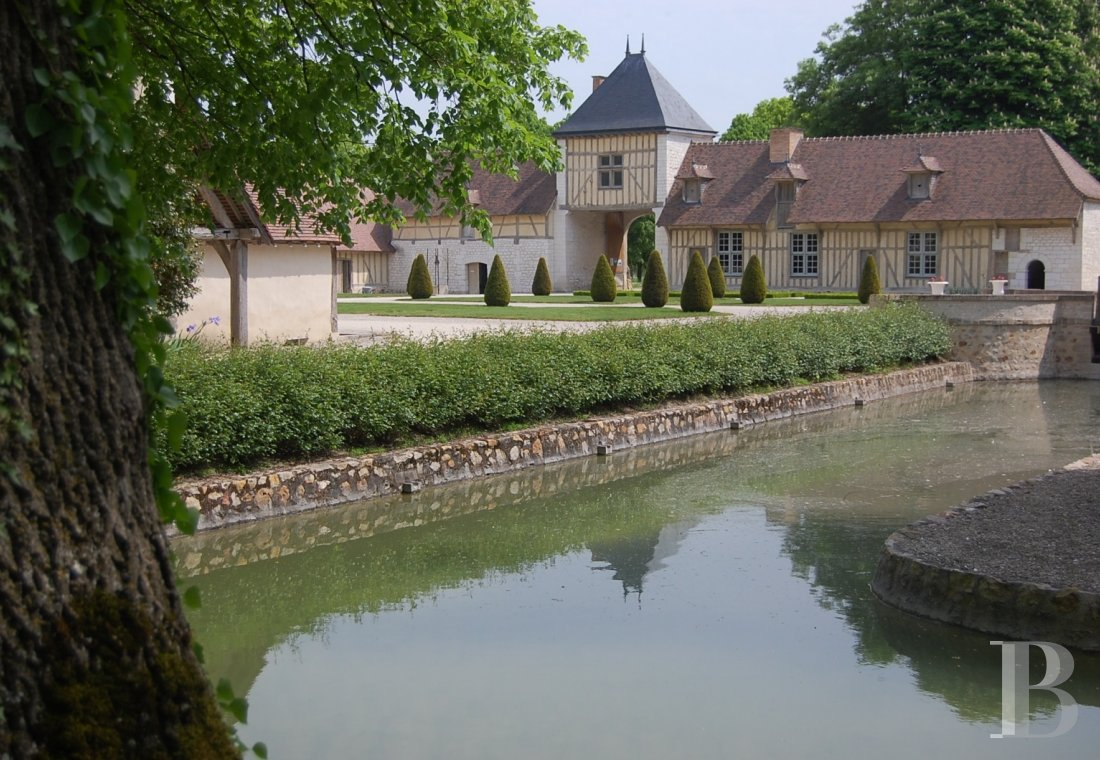 chateaux for sale France champagne ardennes 16th 18th - 8