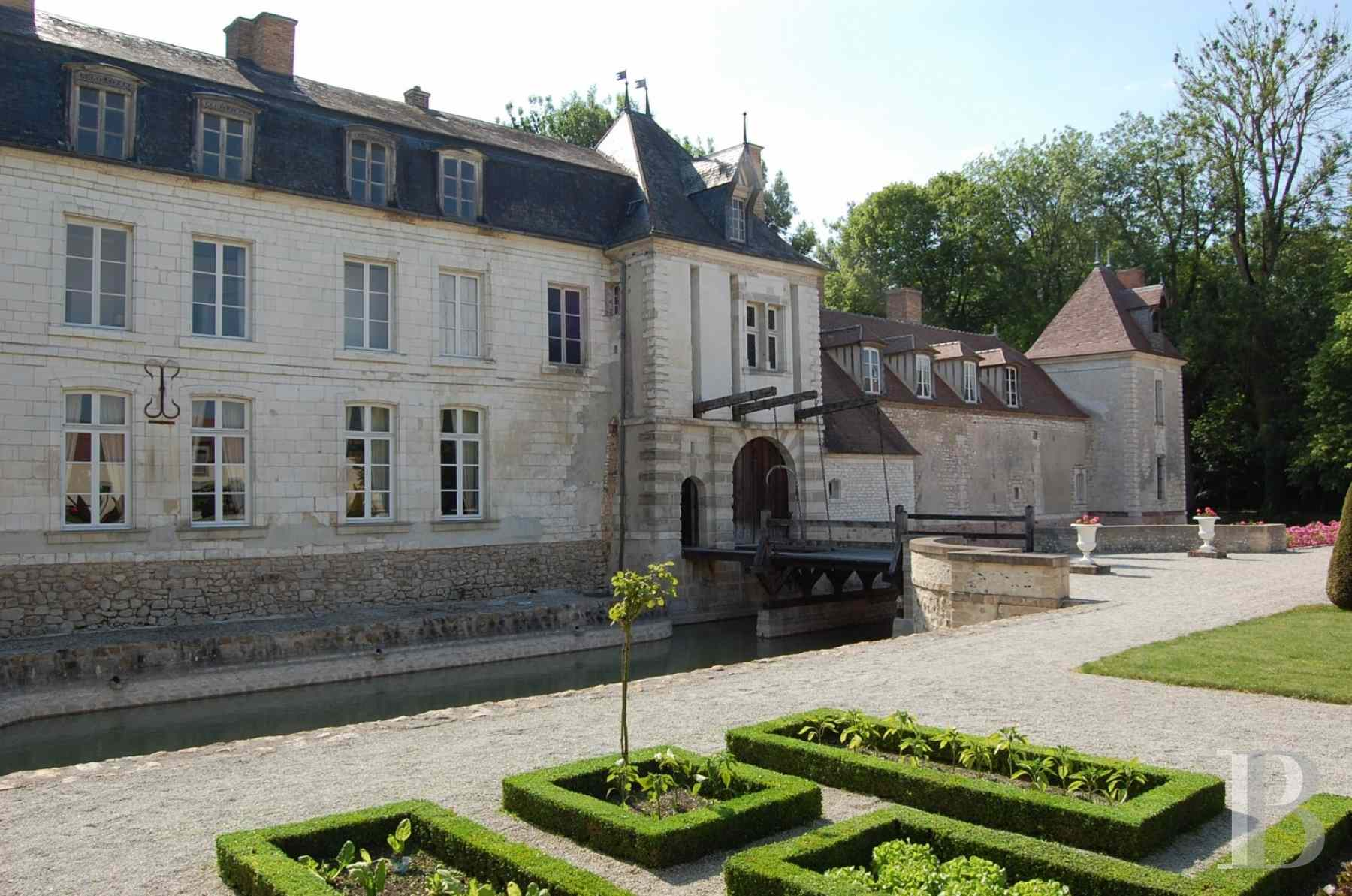 chateaux for sale France champagne ardennes 16th 18th - 10 zoom