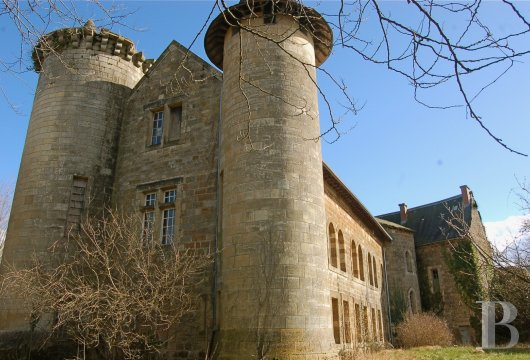 chateaux for sale France midi pyrenees figeac  - 2