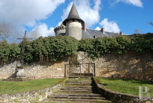 chateaux for sale France midi pyrenees figeac  - 7