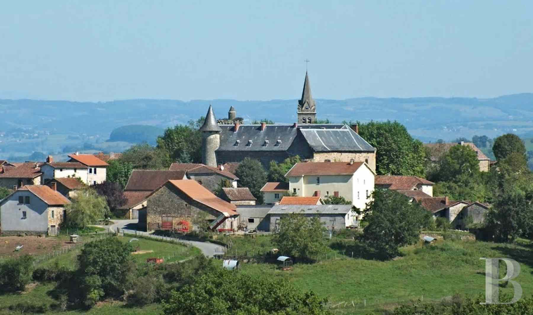 chateaux for sale France midi pyrenees figeac  - 1 zoom
