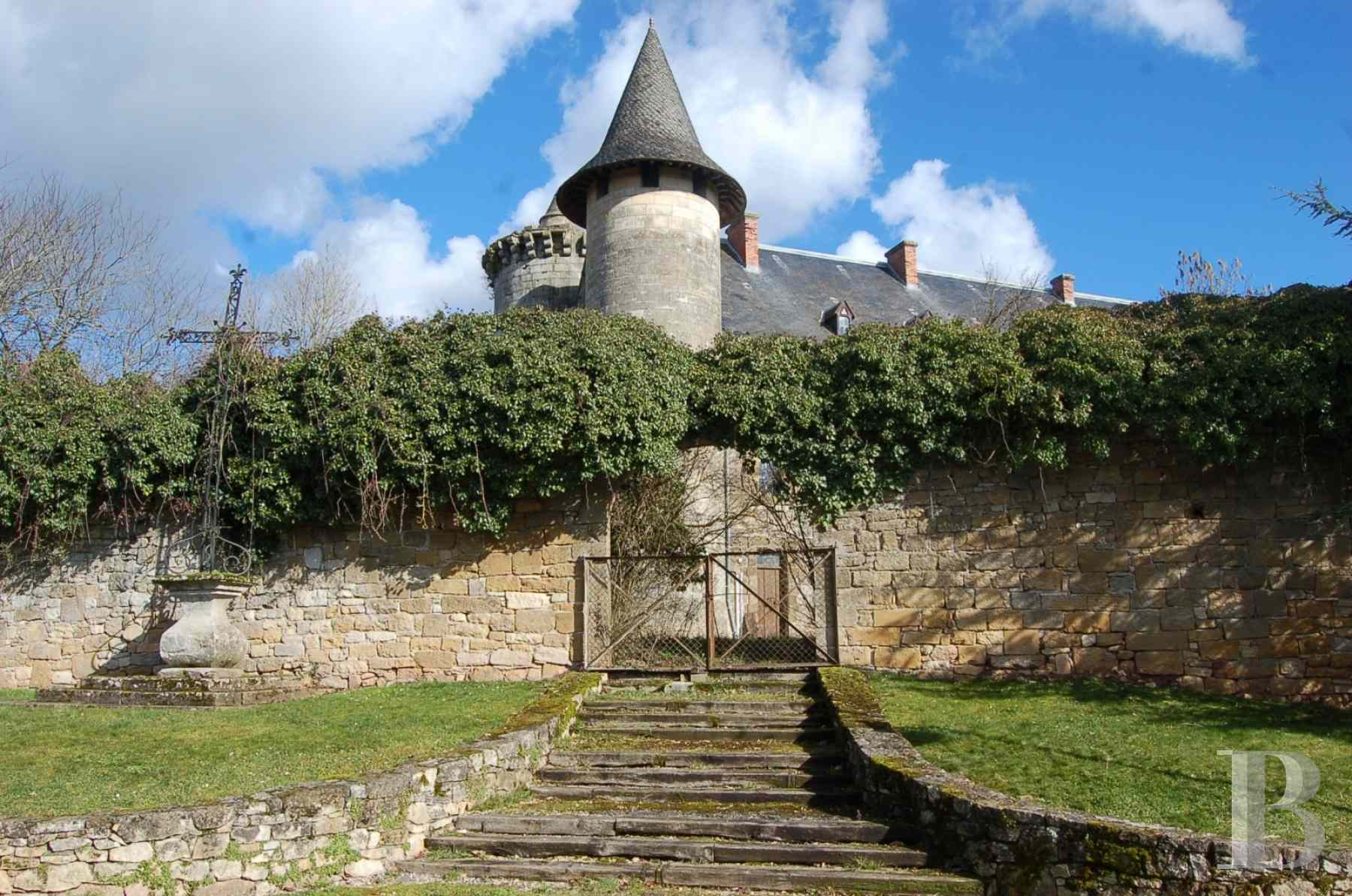 chateaux for sale France midi pyrenees figeac  - 7 zoom