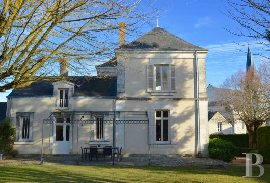monastery for sale France pays de loire presbytery 18th - 2
