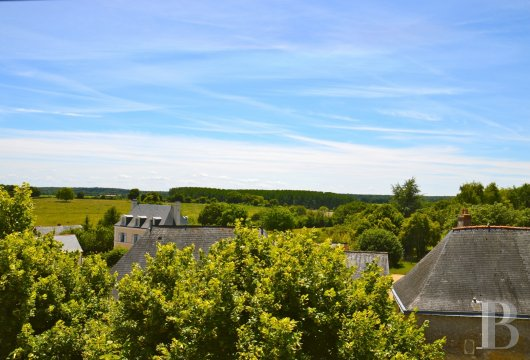 monastery for sale France pays de loire presbytery 18th - 6