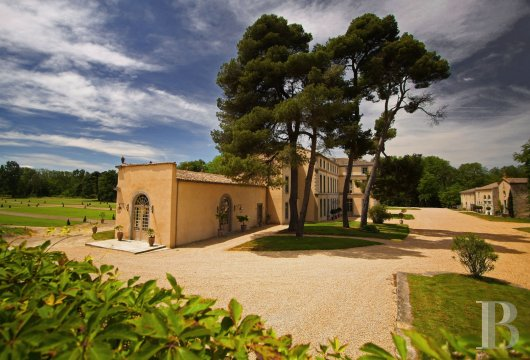 fA Historic Monument and large vineyard open for tours and overnight stays just outside of Carcassonne, the Cité and the Canal du Midi - photo n°3