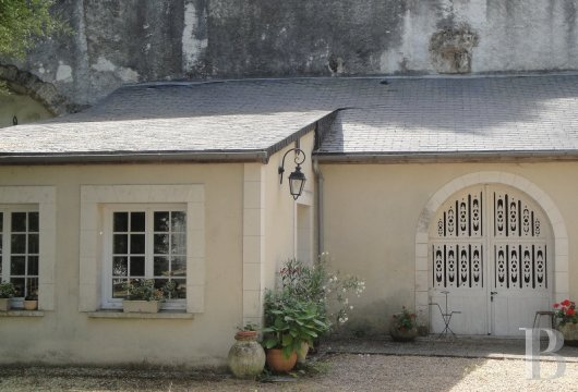 property for sale France center val de loire large luxurious - 8