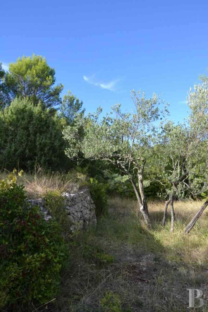 character properties France provence cote dazur var property - 9 zoom