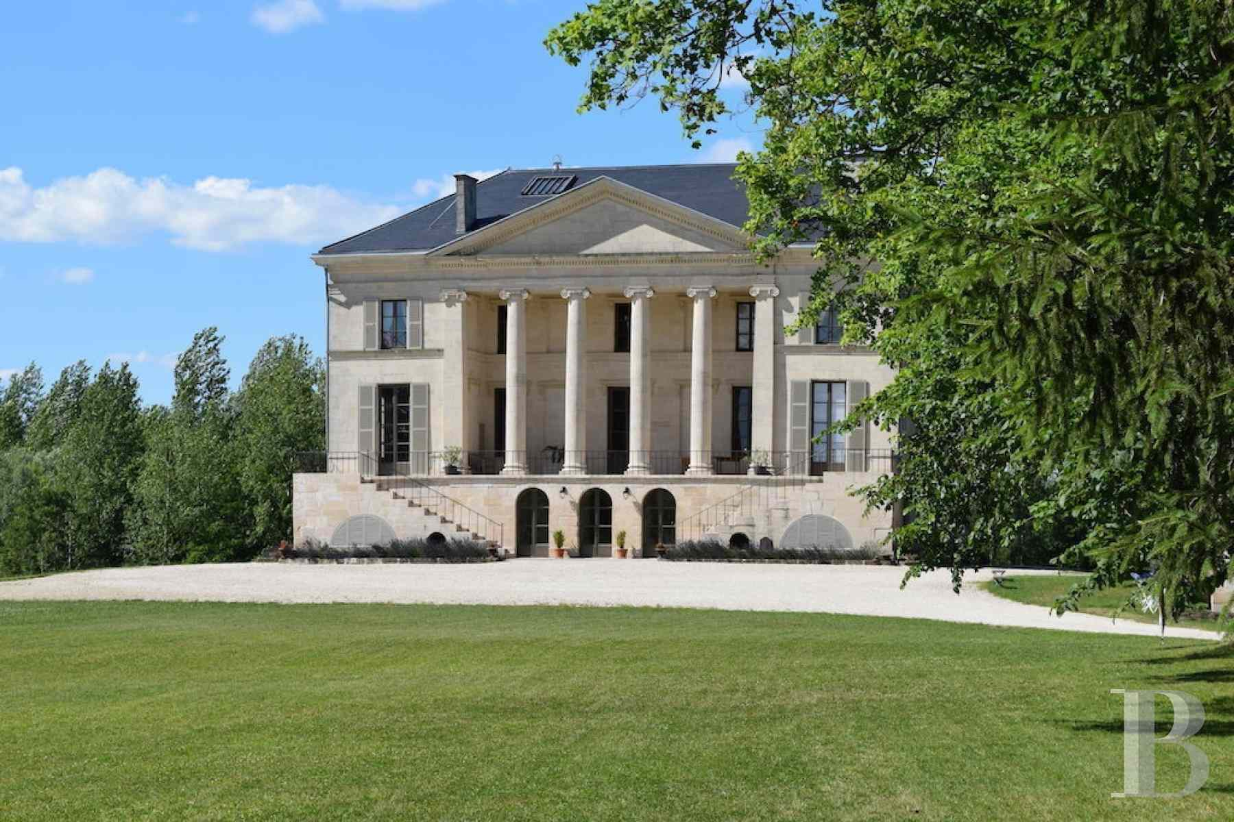 chateaux for sale France champagne ardennes neo palladian - 1 zoom