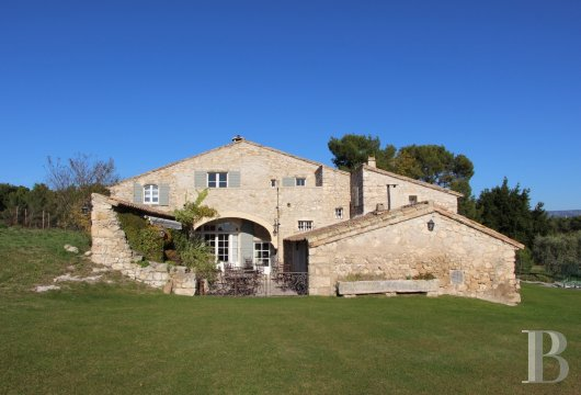 traditional mas house for sale provence cote dazur 17th century - 18