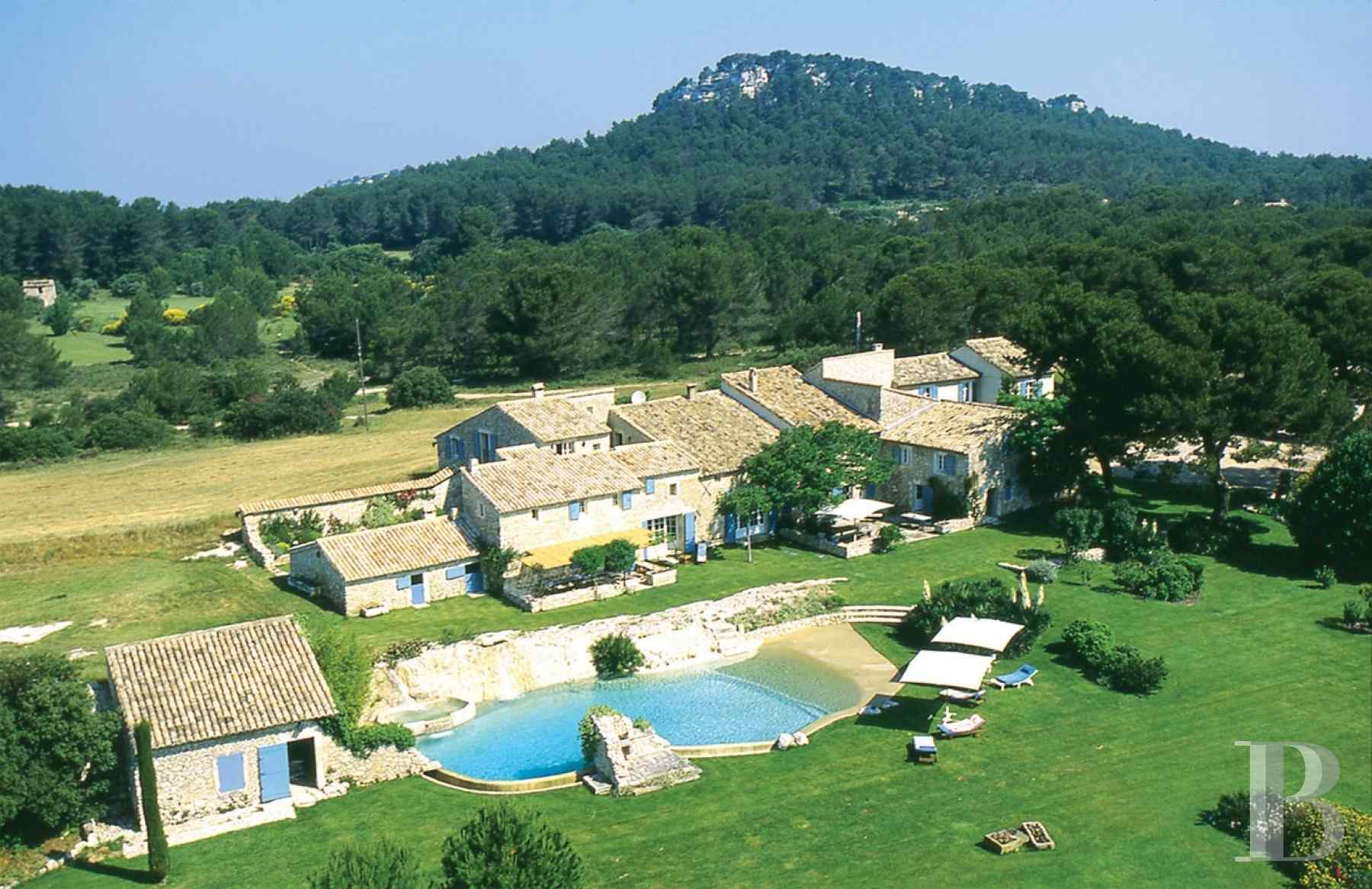 traditional mas house for sale provence cote dazur 17th century - 1 zoom