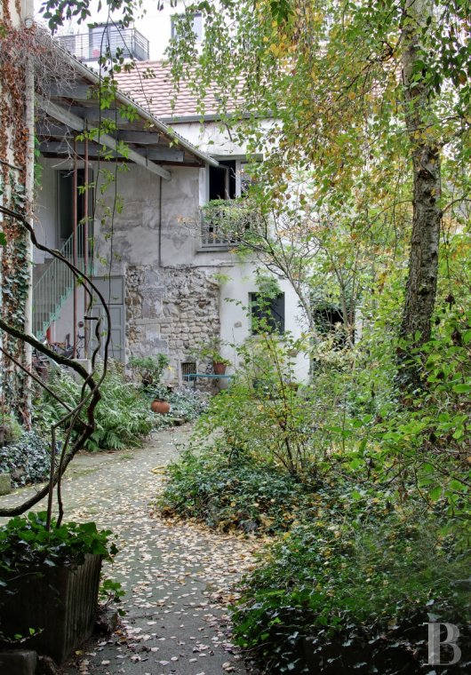Houses for sale - paris - A house-artist's studio and its 100 m² garden  on an old market-gardening farm in Romainville