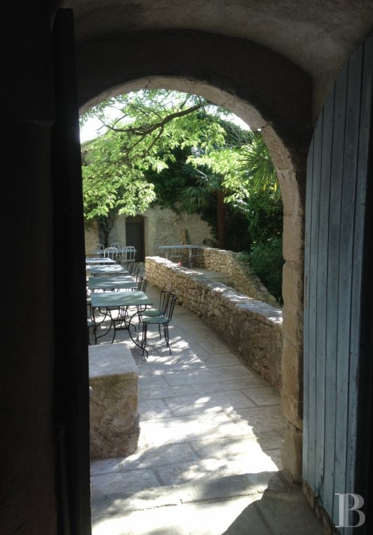 A small village chateau  with a remarkable garden  in Ardèche - photo  n°36