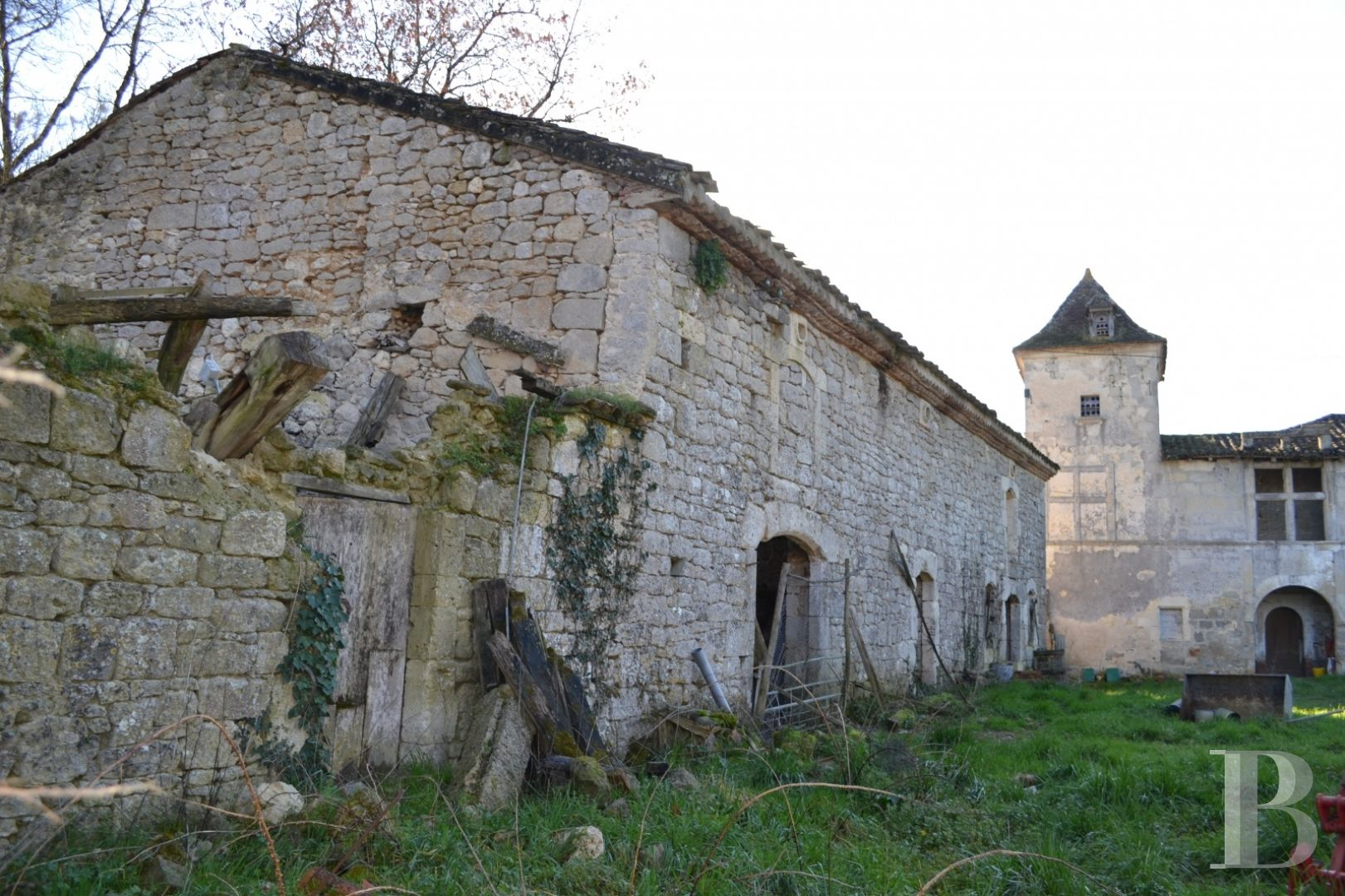 property for sale France aquitaine stronghold house - 3 zoom