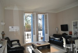 properties in town provence cote dazur toulon 2 - 4