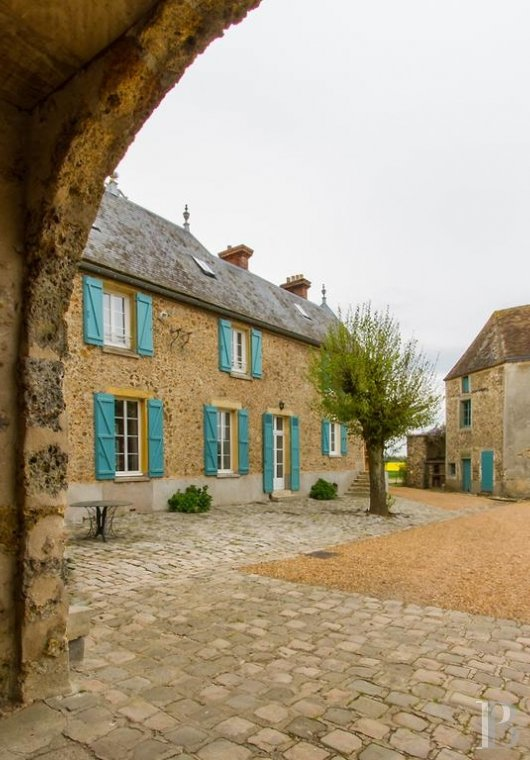 fAn 18th century farm, ideal for getaways in the Chevreuse valley - photo N°2