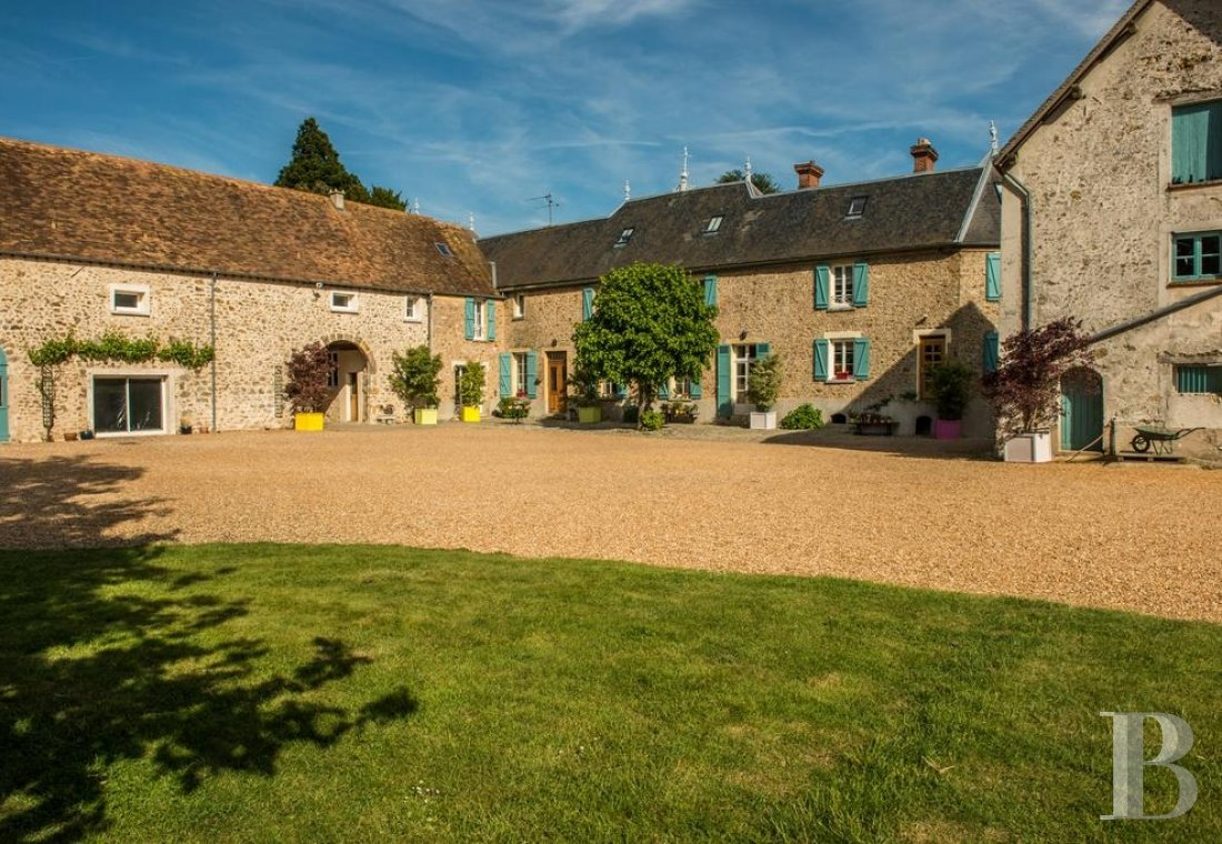 fAn 18th century farm, ideal for getaways in the Chevreuse valley - photo N°1