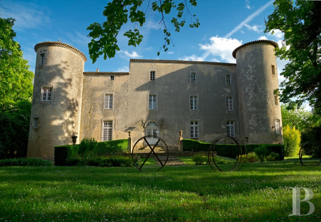 A Cathar chateau surrounded by nature in the heart of Lauragais between Toulouse and Carcassonne - photo  n°1