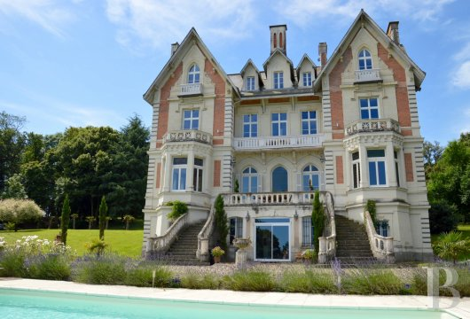 chateaux for sale France pays de loire angers 19th - 2
