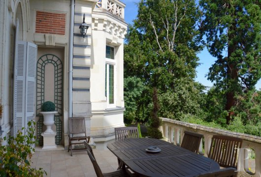 chateaux for sale France pays de loire angers 19th - 5 mini