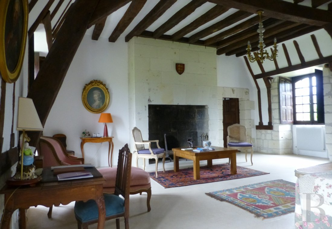 fA peaceful 17th Century property surrounded by French-style gardens, on the borders of Touraine, Anjou and Poitou in Chinonais  - photo  n°16