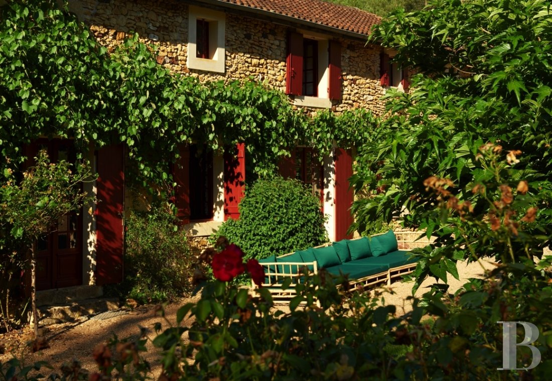 A family chateau not far from the meanders of the Dordogne,  between Bergerac and Sarlat  - photo  n°9