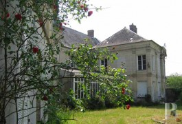 Character houses for sale - picardy - In the area around Laon,-18th & 19th century character house