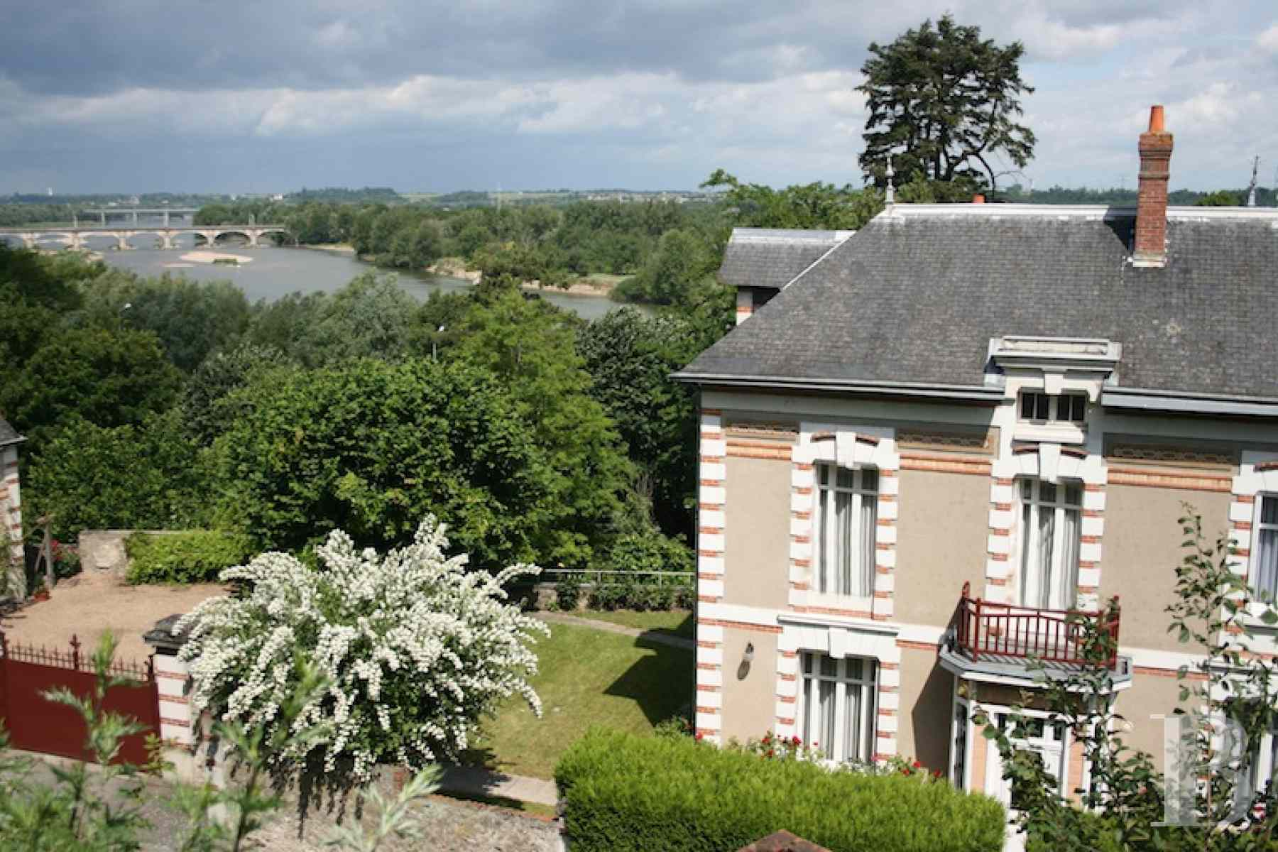property for sale France center val de loire tours amboise - 1 zoom