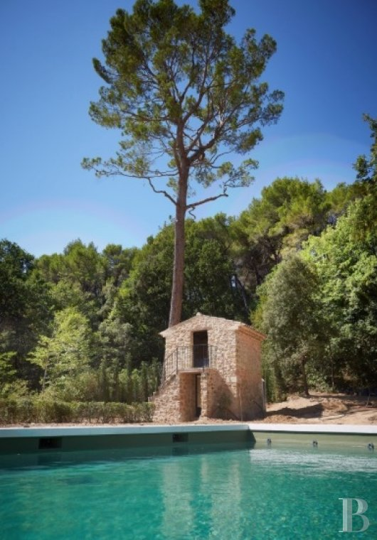 A unique property committed to a very French way of life  at the heart of the Luberon region in the Aix countryside - photo  n°20